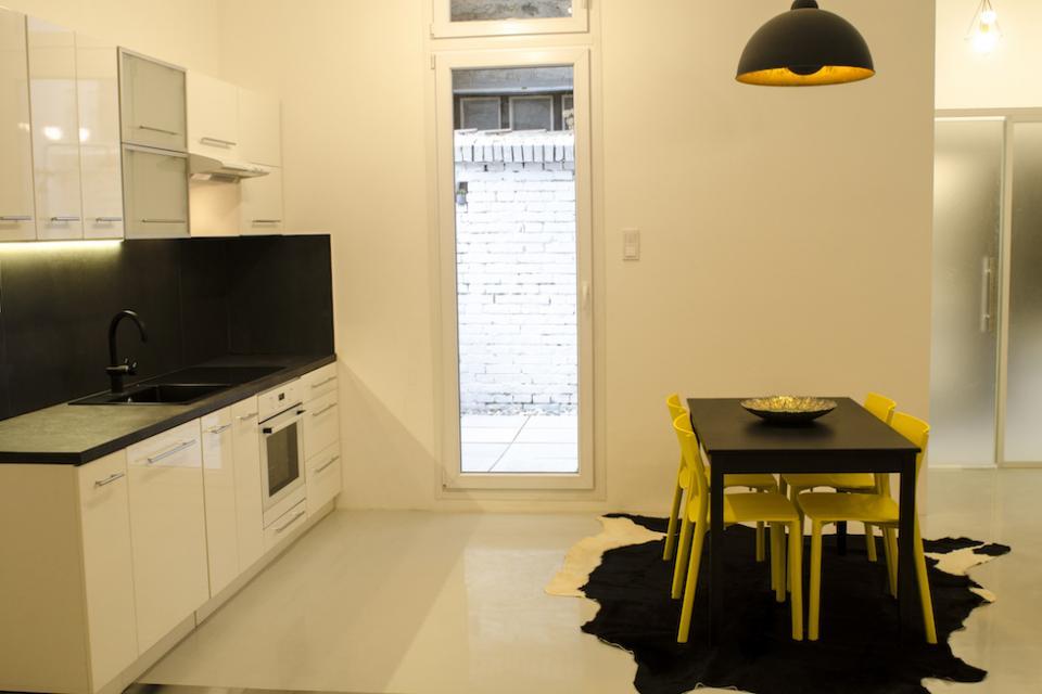 műganta padlózás lakásba